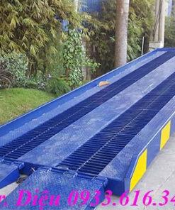 Cầu dẫn lên container lưới grating