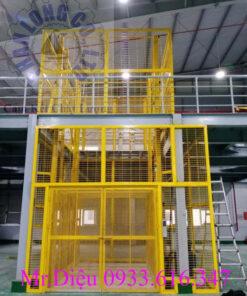 thang nâng hàng 500kg