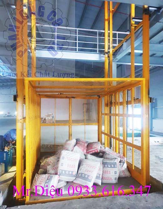 thang nâng điện thủy lực 1000kg