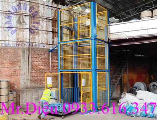thang nâng tự động thủy lực 1000kg